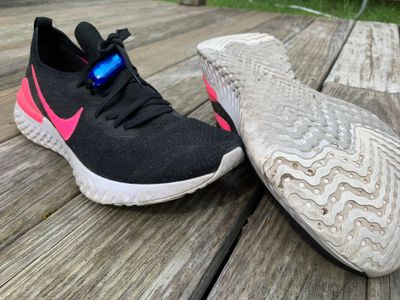 Road shoes (Nike Epic React Flynit)