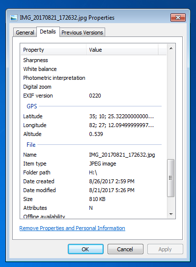 Windows also displays lat/lon in the properties dialog